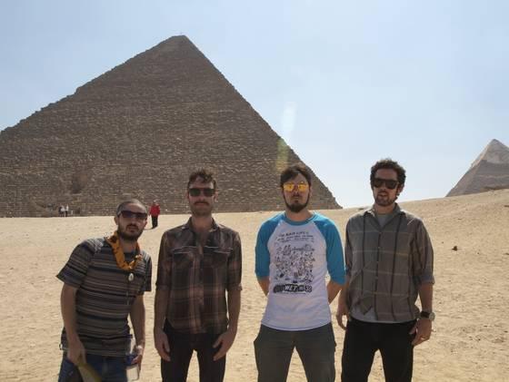 blacklips-pyramid-4_3_r560